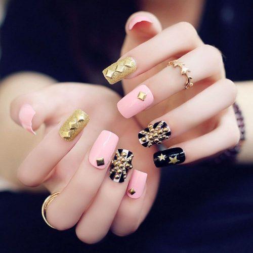 nail .