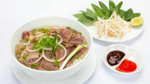 Vietnamese-beef-noodle-soup1