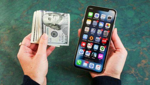 01-cash-money-iphone-x